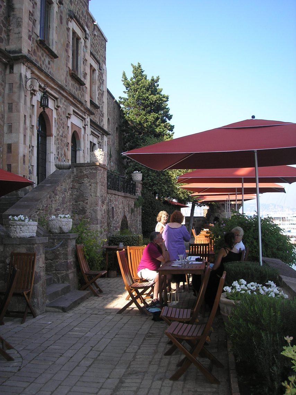 Château de la Napoule - tearoom