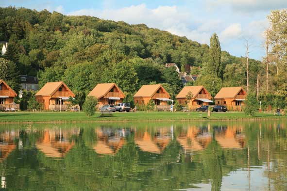 deluxe lodge camping accommodation