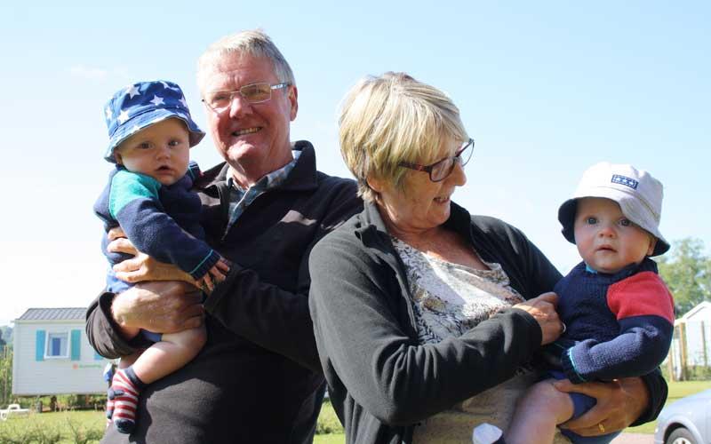 nanna-and-grandpa