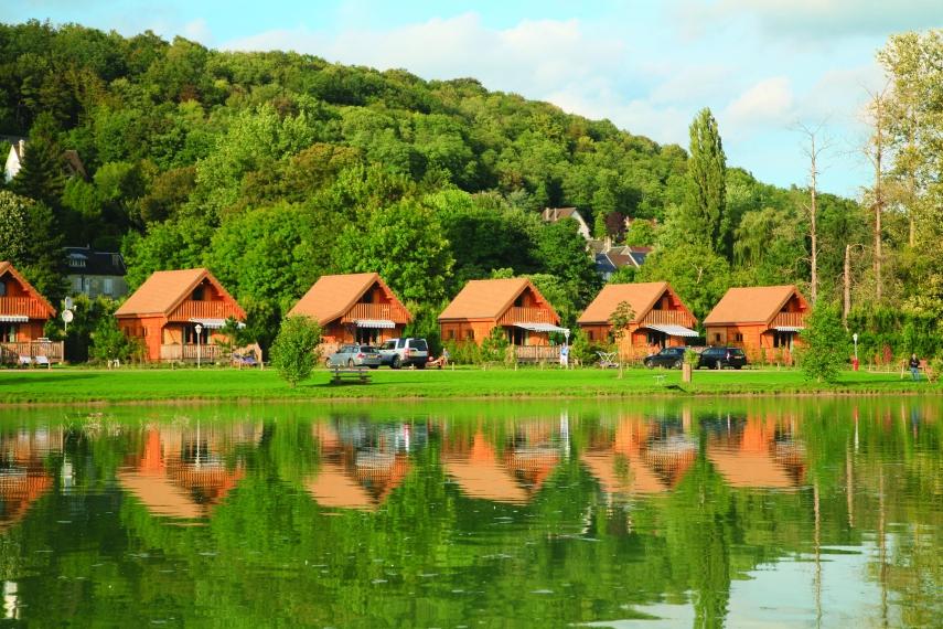 2 Bed lodges - Camping la Croix du Vieux Pont