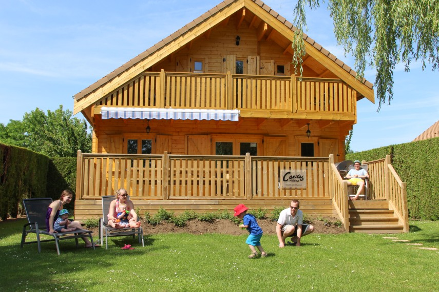4-Bed-Lodge-Family02