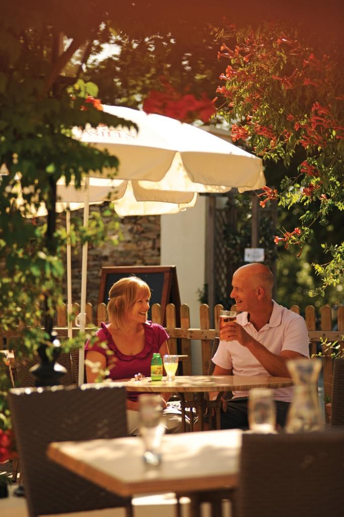 couples-restaurant